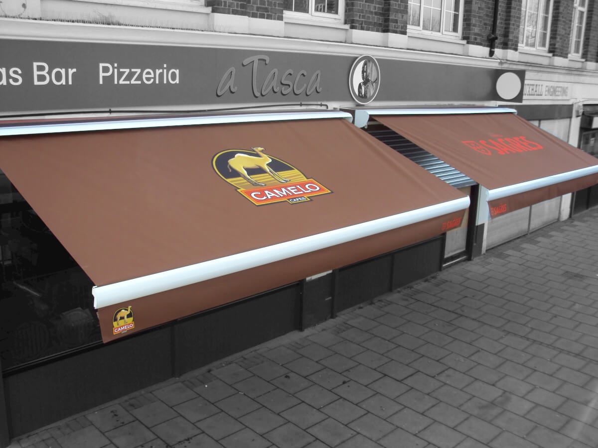 Pizzeria Awnings camelo